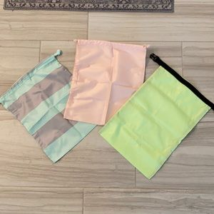 Lululemon Shoe bags from gym duffle tote